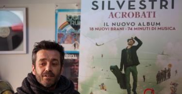 Daniele Silvestri - Presentazione Acrobati (2)