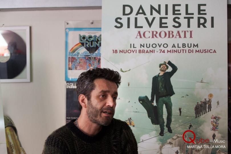 Daniele Silvestri - Presentazione Acrobati (7)
